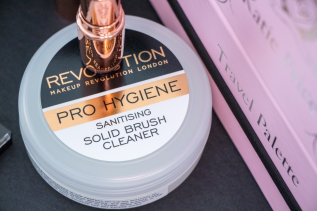 solid-brush-cleaner-makeup-revolution