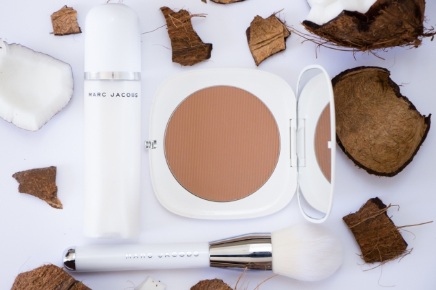 Marc Jacbos Beauty Coconut Glow