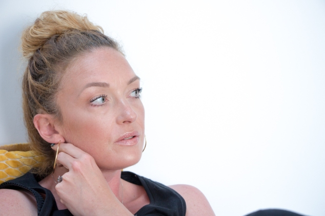 becca-opal-shimmering-skin-perfector-makeuplook