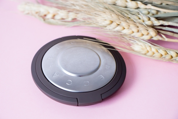 becca-opal-shimmering-skin-perfector-packaging