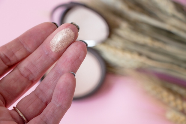 becca-opal-shimmering-skin-perfector-revue