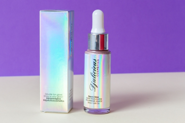 drop-and-glow-highlighter-djulicious-cosmetics-unicorn-love-devoile-ton-glow
