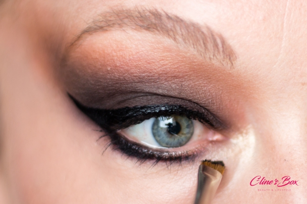 makeup-halloween-tutoriel-cat-eye