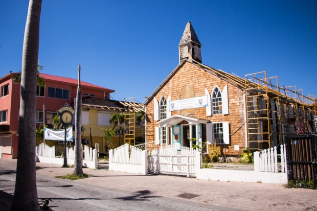 sint-maarten-philipsburg-methodist-church-back