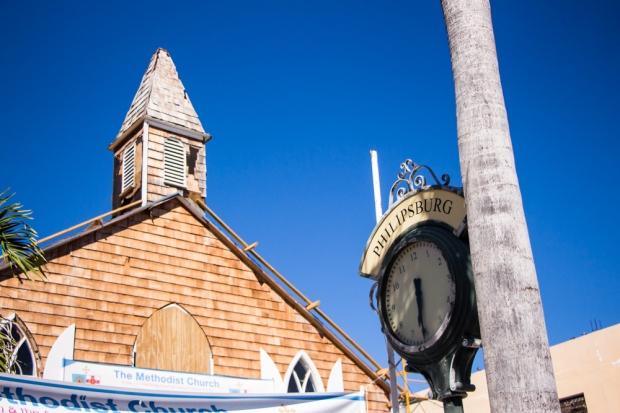 sint-maarten-philipsburg-methodist-church-clock