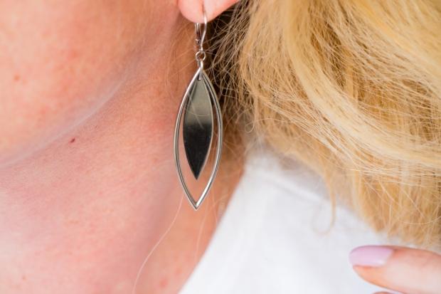 agatha-paris-nouvelle-collection-boucle-d-oreilles-pendantes-navette