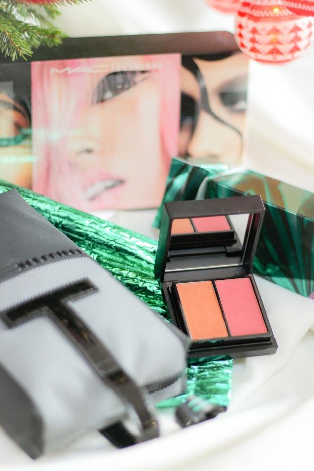 concours-mac-cosmetics-edition-noel