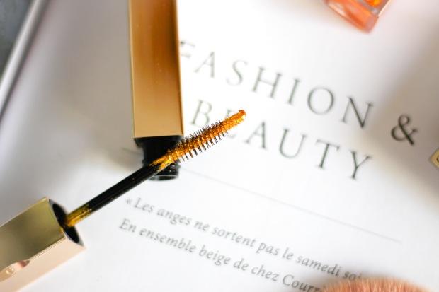 nouveau mascara top coat or clarins pour les fetes