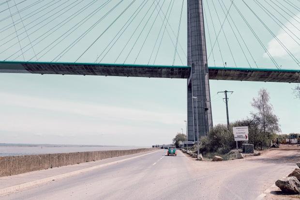 Vue sur le Pont de Normandie à bord d'une 2CV
