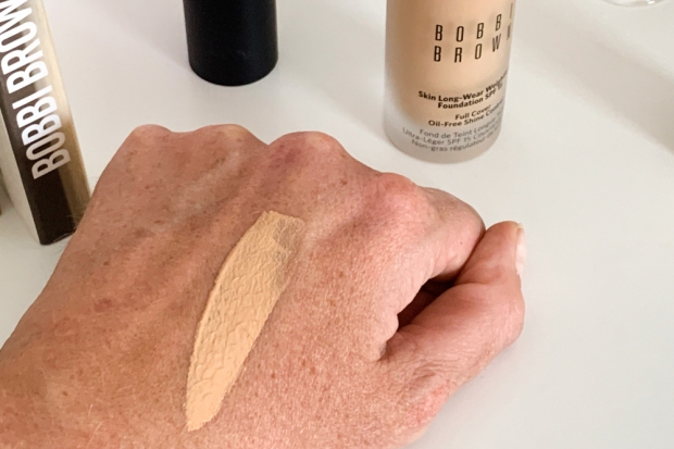 Swatch du fond de teint Bobbi Brown