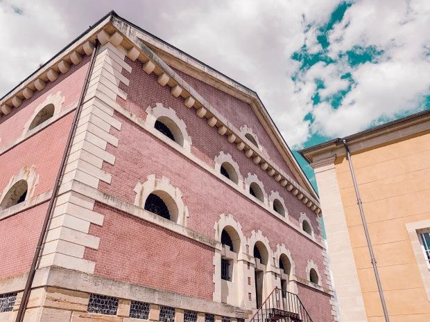 Cinéma à Pont l'eveque la joyeuse prison