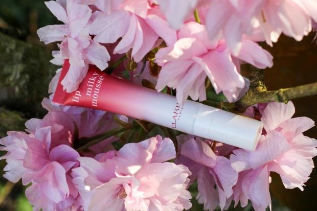Lip Milky Mousse Clarins pour des lèvres colorées et hydratées